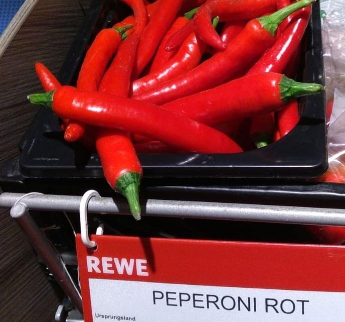 Fig. 3: Peperoni ('peperoncino'))